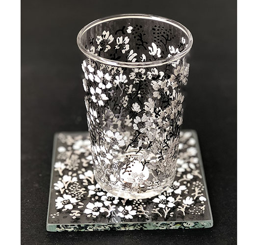 SCENTS AND FEEL SILVER EDEN FLOWER GLASS COASTERS - SET OF 6